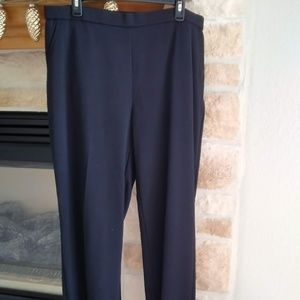NWOT Dana Buchman Pull on Pants - Black size 16